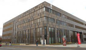 staffordshire_university_science_and_technology_centre